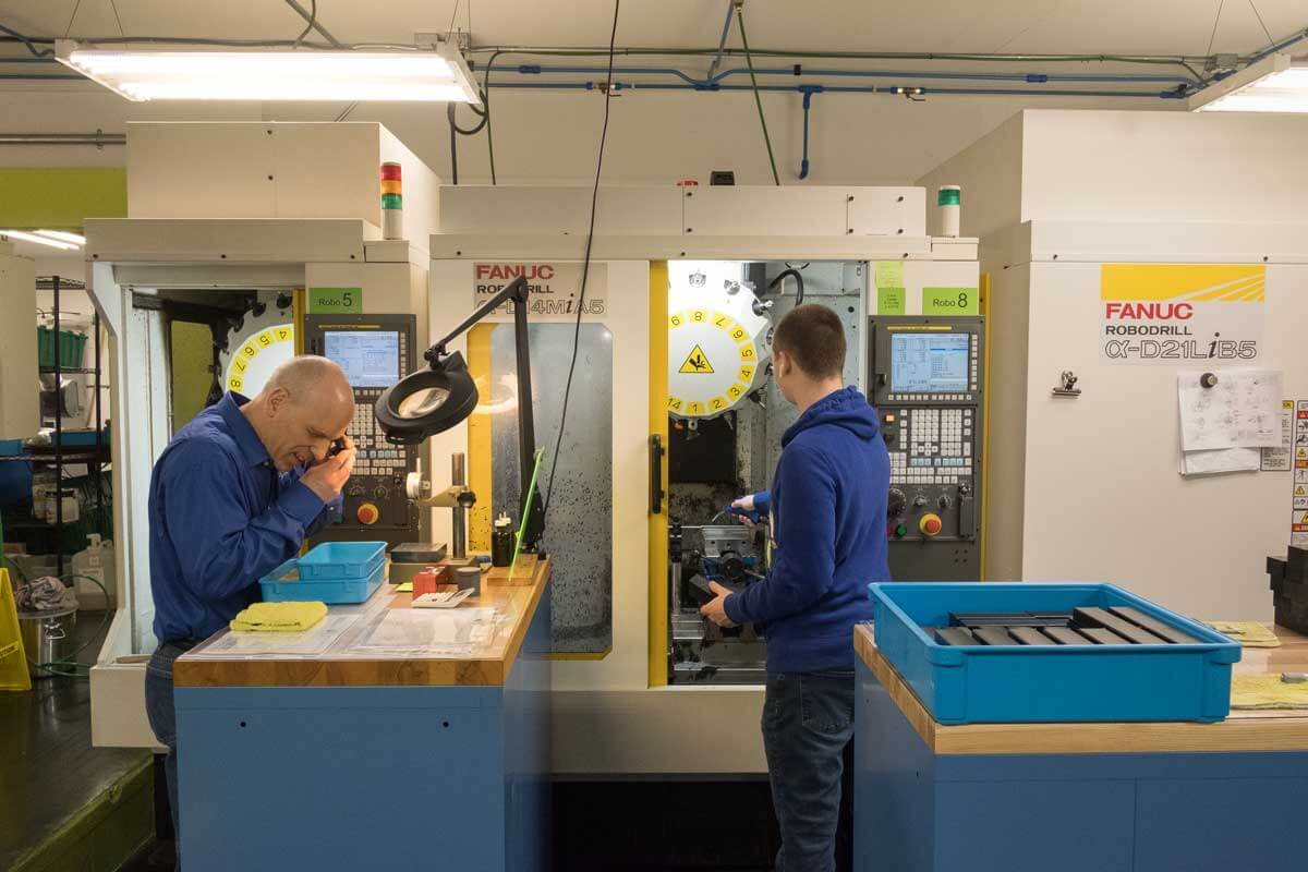 top rated plastic machining services staff